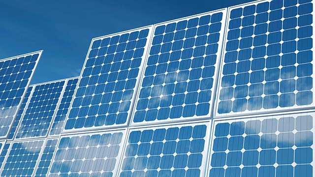 India Develops First Solar Park at Charanka Village